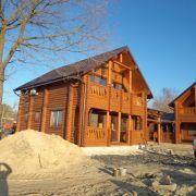 Дом из бруса в гостиничном комплексе на Азове