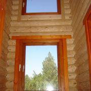 Окна из дерева в доме Должанка